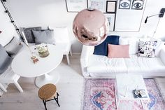 Gravity Home: Light Scandinavian apartment Small Space Living, Living Spaces, Gravity Home, Living Comedor, Tiny Spaces, Small House Design, Home And Deco, Apartment Living, Bright Apartment