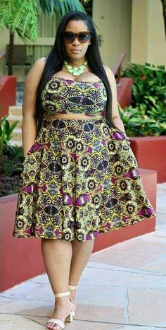 Beautiful ankara skirt styles with crop top for big and beautiful plus size. Ankara Dresses Beautiful ankara skirt styles with crop top for big and beautiful plus size. Ankara Dresses Source by la Thick Girl Fashion, Plus Size Fashion For Women, Curvy Women Fashion, Look Fashion, Skirt Fashion, Plus Fashion, Looks Plus Size, Look Plus, Plus Size Model
