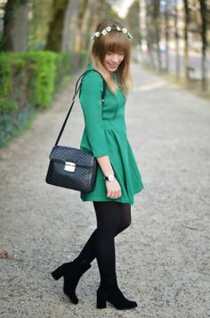 Green dress from Sheinside #fashion #outfit #ootd #fashionblogger