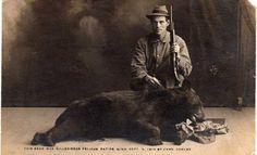 The Good Old Days: 30 Historic Hunting Photos - Wide Open Spaces Deer Camp, Deer Hunting, Africa Hunting, Hunting Stuff, Hunting Guns, Old Photos, Vintage Photos, Alaska, Predator Hunting