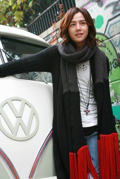 Moo Kyul and that vintage van