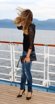 """""""Outfit pictures on a cruise be like..."""""""