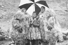 Yetis meet dogs and take shelter under an umbrella: Superb archive Doctor Who pics should fulfill all your sasquatch needs