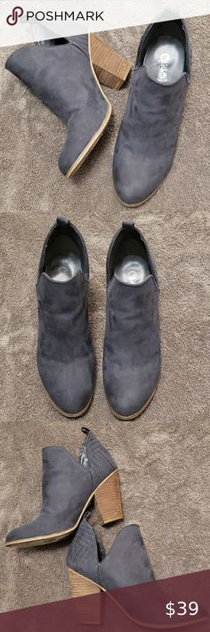 Grey Booties, Bootie Boots, Ankle Boots, Pale Fire, Blue Grey, Gray, Carlos Santana Shoes, Fashion Tips, Fashion Design