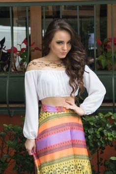 Larissa Manoela sempre linda...