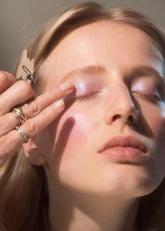 fav makeup looks Elegant Nails elegant nails in monaca Casual Makeup, Glam Makeup, Skin Makeup, Makeup Inspo, Beauty Makeup, Eyeliner Makeup, Bride Makeup, Makeup Inspiration, Wedding Makeup Tips