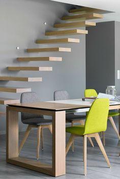 Quelques chaises Moods feront des merveilles pour apporter des couleurs à votre intérieur ! Choisissez librement la couleur et le revêtement de vos chaises sur notre site.