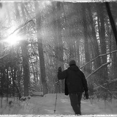 A snowy winter hike in the Hocking Hill