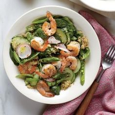 Spinach And Quinoa Salad With Shrimp Simple, Fresh, And Perfectly Portioned For Two, This Main Dish Salad Is Great For A Quiet Weeknight. Appreciate The Second Portion For Lunch Tomorrow It Will Hold Up Nicely. Shrimp And Quinoa, Shrimp Salad, Quinoa Spinach, Spinach Salad, Salad Recipes For Dinner, Dinner Salads, Healty Dinner, Shellfish Recipes, Shrimp Recipes