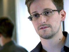 Este es el contratista de NSA que reveló los programas secretos de vigilancia electrónica del gobierno:  https://www.washingtonhispanic.com/nota15190.html