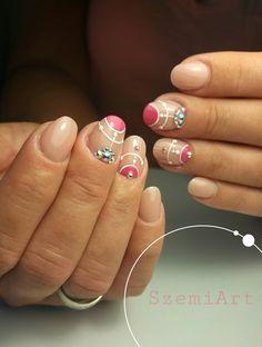 Nails * nail art * magenta * nude * geometric
