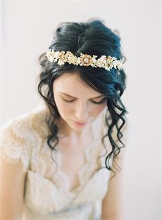 Exquisite bridal headpiece
