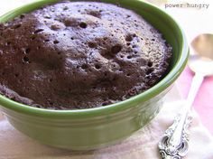 1 minute chocolate mug cake!!! So easy, so delicious, 199 calories, 11 grams of protein, and gluten-free! Make with flaxseed meal, cocoa powder, egg, bit of milk and vanilla.
