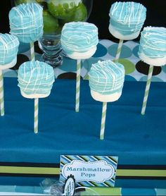 38 ideas baby shower food for boy desserts marshmallow pops Comida Baby Shower, Baby Shower Treats, Baby Shower Cake Pops, Baby Shower Favors, Baby Boy Shower, Cinderella Party, Cupcakes For Boys, Fun Cupcakes, Blue Cake Pops