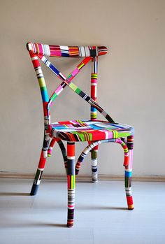 festett szék - pasztell színekben - FABULOUS Chair covered in fabric scraps Painted Chairs, Hand Painted Furniture, Funky Furniture, Duct Tape Furniture, Patterned Furniture, Eclectic Furniture, Studio Furniture, Recycled Furniture, Ikea Furniture