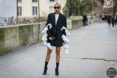 STYLE DU MONDE / Paris Fashion Week Fall 2017 Street Style: Vanessa Hong  // #Fashion, #FashionBlog, #FashionBlogger, #Ootd, #OutfitOfTheDay, #StreetStyle, #Style