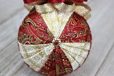 Windmill Pattern eBook & Video – The Ornament Girl's Market Folded Fabric Ornaments, Quilted Christmas Ornaments, Beaded Ornaments, Handmade Ornaments, Handmade Christmas, Christmas Crafts, Christmas Decorations, Christmas Balls, Christmas Sled
