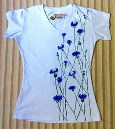 T-shirt with flowers handpainted t-shirt by DecorationPaintArt T-shirt with flowers handpainted t-shirt by DecorationPaintArt The post T-shirt with flowers handpainted t-shirt by DecorationPaintArt appeared first on Home. Dress Painting, T Shirt Painting, Fabric Painting, Fabric Paint Shirt, Paint Shirts, Hand Painted Fabric, Painted Clothes, Shirt Refashion, Tee Shirt Designs