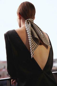 Winning style - build a base wardrobe with Elin Klings Totême - - Elin Kling, Looks Street Style, Looks Style, Womens Fashion Online, Latest Fashion For Women, Hair Accessories For Women, Clothes For Women, Twist Headband, Headband Hairstyles