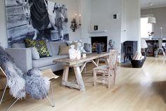 good sofa colour with lighter floor