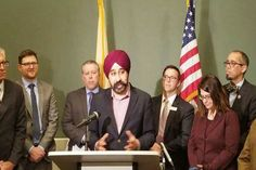 Death Threats For Sikh Mayor In US  Indian American lawyer Ravinder Singh Bhalla has acknowledge of facing death threats after an unidentified man left a bag in his office. Three months ago, he was elected as the first Sikh mayor of Hoboken city in New Jersey.  #SikhMayorInUS #IndianAmericanlawyer #RavinderSinghBhalla #NRINews