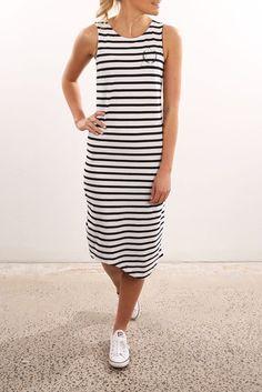 *JEAN JAIL - SILENT THEORY    Prism stripe midi dress black white stripe   Vestido a rayas blanco y negro