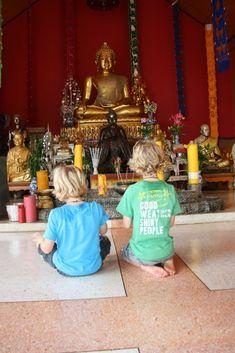 THAILAND - 19 dagen door Thailand. Reis gemaakt door Nathaly en haar jongens (hierboven zitten de 2 kleinste). Met stip op de wishlist van Nathalie ;) Komt dat zien en vraag de beschikbaarheid aan op   http://www.mrsnomad.nl/accommodaties/146-rondreis-kennismaking-thailand-19-dagen/