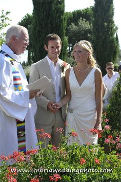 Amelia and Richard got married on the grounds of Villa San Crispolto.  www.romanticitalianweddings.com