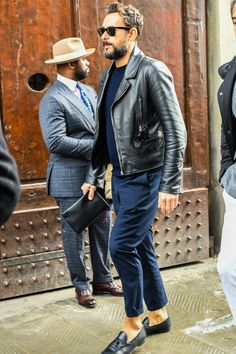 Discover the details that make the difference of the best unique people with a lot of - Herren- und Damenmode - Kleidung Trend Fashion, Look Fashion, Fashion Styles, Fashion Photo, Fashion Tips, Stylish Men, Men Casual, Looks Style, My Style