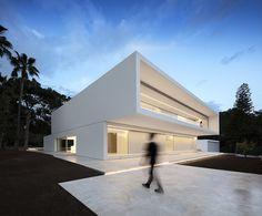 Casa entre la pinada, por Fran Silvestre Arquitectos