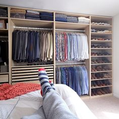 closet layout 209135976434048764 - Mens closet layout dressing rooms 58 Ideas Source by phillybrides Wardrobe Design Bedroom, Bedroom Wardrobe, Wardrobe Closet, Open Wardrobe, Wardrobe Ideas, Bedroom Closet Storage, Master Bedroom Closet, Closet Behind Bed, Best Closet Organization
