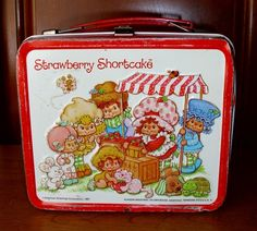 The Strawberry Shortcake lunch pail was my absolute favorite!