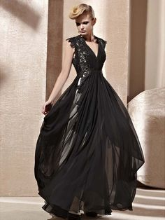 A-Line/Princess V-neck Sleeveless Applique Floor-length Chiffon Dress