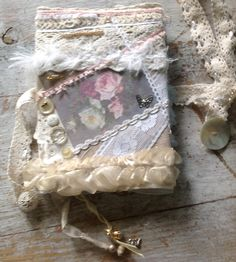 notebook, made of linen, wool, lace and strap. buttons, beads, Lutrador (printed and painted) and paint