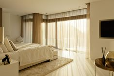 Modern Warm Cozy Bright Bedroom Design With White Bedroom Furniture And Modern Furnishing Also White Sheer Curtain Ideas: Luxury Hillside Villas, The Cliff House by Altea Hills Estate Interior Exterior, Luxury Interior, Interior Architecture, Interior Design, Interior Decorating, Decorating Ideas, Altea Hills, White Sheer Curtains, Cliff House
