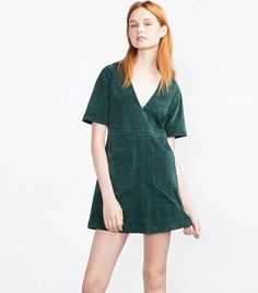 zara suede minidress=very cute Red Midi Dress, Flare Dress, Dress Skirt, Green Dress, Yellow Lace Dresses, Zara, Check Dress, Animal Print Dresses, Leather Dresses