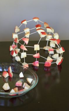Building with apples. good idea! Healthy alternative to  marshmallows. Kids can eat a healthy snack while building cool structures.