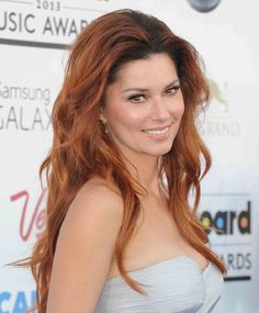 """Country singer Shania Twain was downright giddy during a March 4 appearance on 'Good Morning America.' """"I'm finally, after 11 years, going back on tour,"""" she gushed, flashing a megawatt s… Country Music Artists, Country Singers, Famous Music Quotes, World Music Day, Rags To Riches Stories, Piano Songs, Famous Musicians, Some Girls, Video News"""