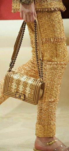 For More handbags and purses  Click Here http://moneybuds.com/Handbags/