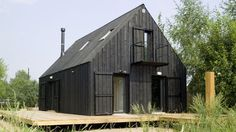 Simplify: The 1,000-Square-Foot Dream Home