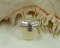 Open Wing Sterling Silver Eagle Ring, flying Eagle. Nice Detail on wings. Sturdy Band, Us Size 8 1/4, One Only. NEW Unworn Vintage from Jewelry store.