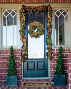 Furniture:Shabby And Creative Design For Fall Decoration With Wreath And Bed Frame Decoration With Black Glass Design For Door Front Door De...