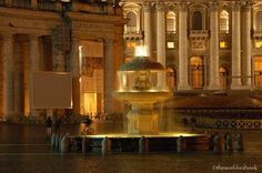 Discovering the Fountains of Rome - Vatican Bernini fountain at night