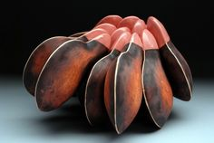 Dryden Wells Ceramics • Ceramics Now - Contemporary ceramics magazine