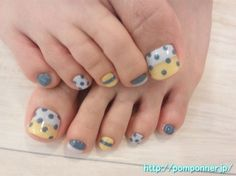 Pedicure Stripes Polka Dots
