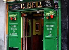 quiero vivir como una madrileña...so here they are- Madrid's best tapas bars.