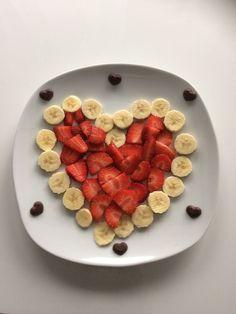 Apple Crab Snacks for Kids - Crafty Morning Cute Snacks, Cute Food, Yummy Food, Food Art For Kids, Creative Food Art, Food Carving, Food Decoration, Food Crafts, Food Humor
