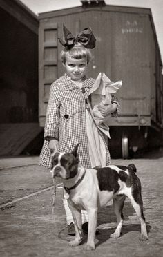+~+~Vintage Photograph~+~+  Doggie and little girl.