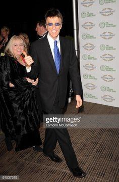 Nachrichtenfoto : Robin Gibb attends a Celebration of the Bee Gees...