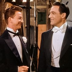Hollywood Images, Old Hollywood Stars, Vintage Hollywood, Classic Hollywood, Donald O'connor, Gene Kelly, Thanks For The Memories, Moving Pictures, Celebs